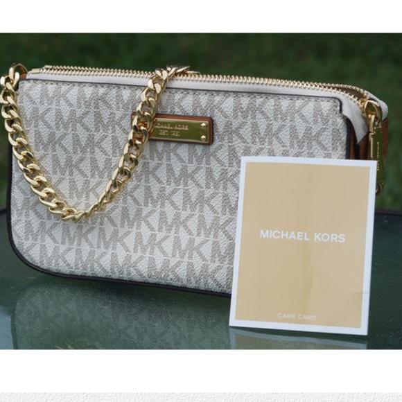 Michael Kors Handbags - Michael Kors signature mini purse tan/white/gold